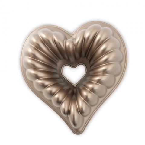 Nordic Ware® Elegant Heart-sockerkaksform