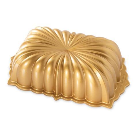 Nordic Ware® Classic fluted loaf-sockerkaksform